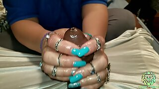 Goddess Shaira Strokes My Big Dick Then Gets Her Hand Measured