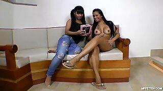 Real Passionate Orgasms - Slave-girl sucks big ass