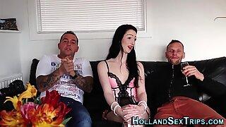 Real amateur hooker sucks